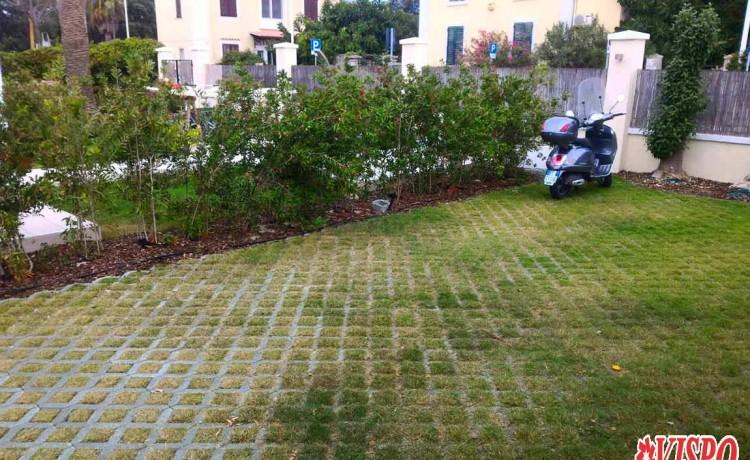 giardino prato verde carrabile lungomare Poetto autobloccanti drenanti
